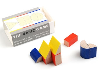 the basic game designed by Fred Voss