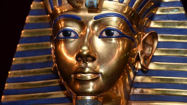 Tutankhamun has become famous since the discovery in 1922 of his tomb.